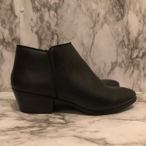St John's Bay black ankle boots